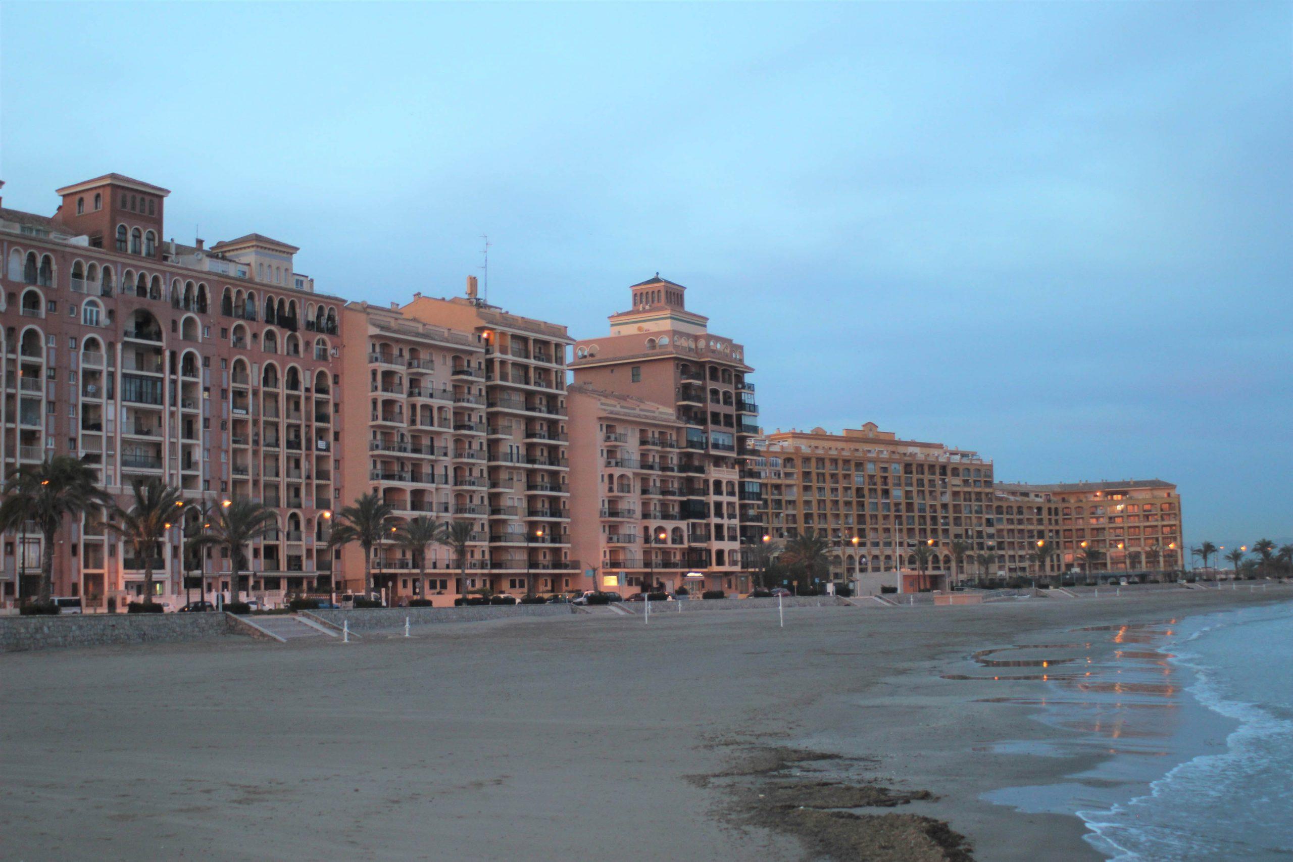Sea You Hotels ha reabierto su hotel en el puerto de Valencia y sus apartamentos en Port Saplaya