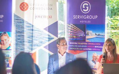 Jóvenes empresarios de la Comunidad Valenciana visitan la sede de Hoteles Servigroup en Benidorm en el marco de la Operación Consolida de la AJE